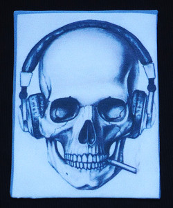 IMA_SKULL_HEADPHONE_SITE